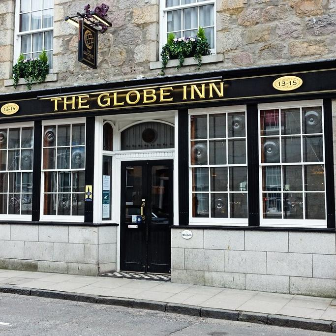 The Globe Inn Outside