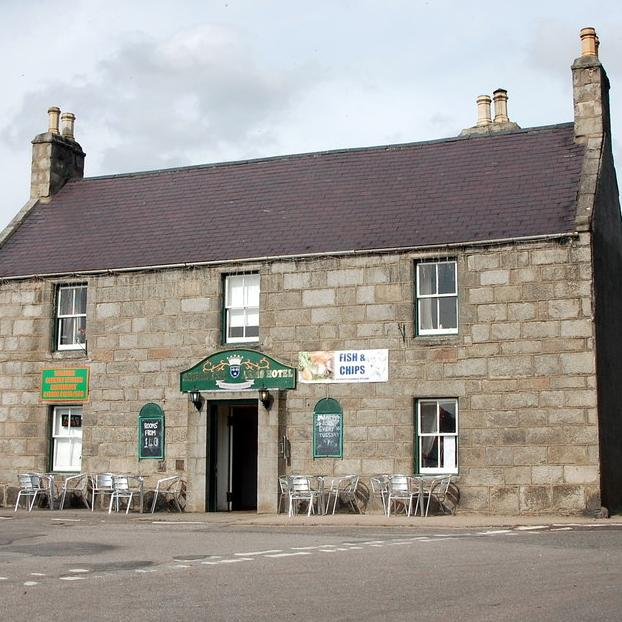Aberdeen Arms Tarland outside