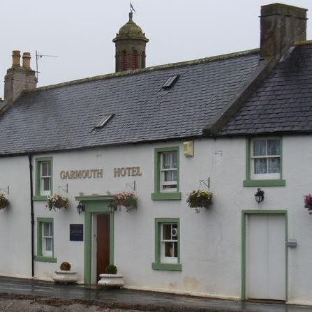 Garmouth hotel outside