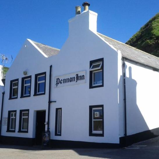 Pennan inn outside